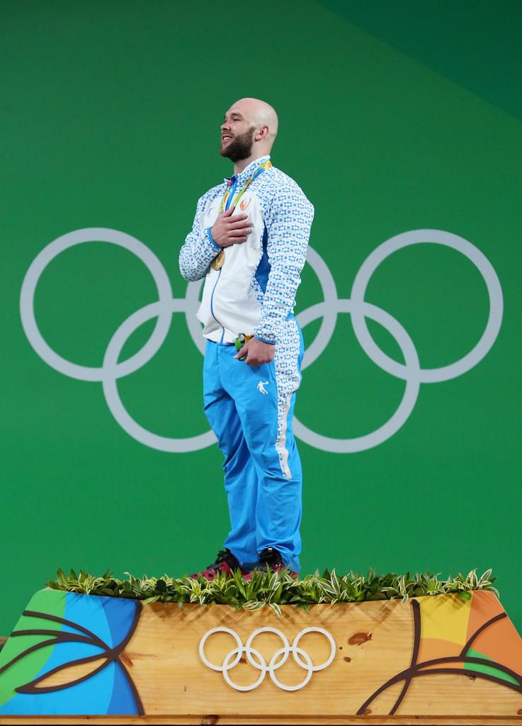 Usbequistão Isso mesmo, além de algumas medalhas, o Usbequistão deixou o Rio de Janeiro com o título de um dos abrigos mais elegantes do evento. Branco com pequenas estampas azuis. Puro bom gosto.