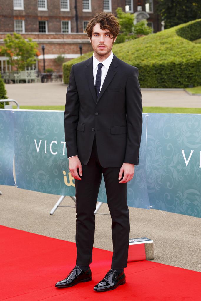 Tom+Hughes+ITV+Victoria+Premiere+Screening+DcTE8lYO3Ojx.jpg