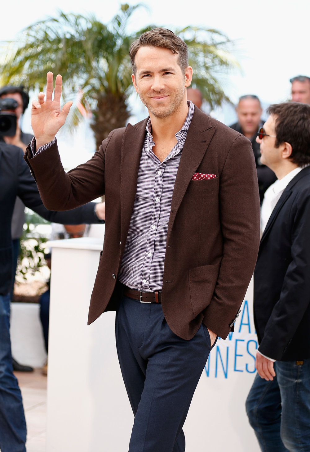 ryan-reynolds-cannes-captive-051614-4.jpg
