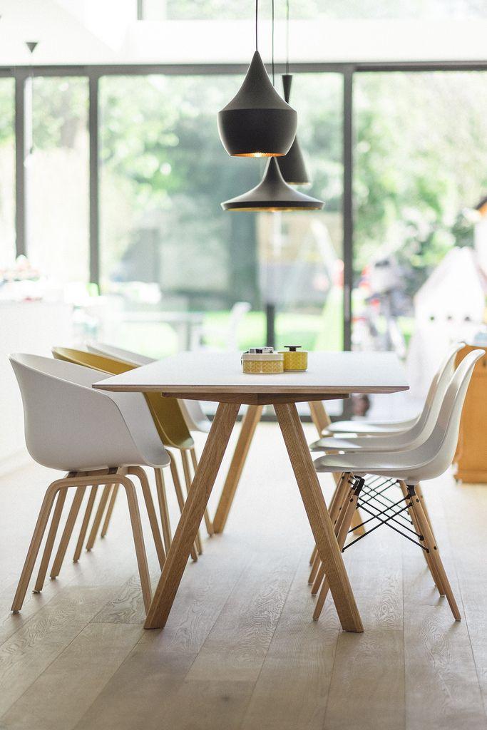 d30edba0f1a7947e936053419e3aa500--eames-dining-chair-dining-room-furniture.jpg
