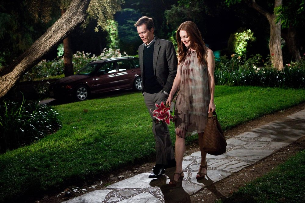 kevin-bacon-and-julianne-moore-in-crazy-stupid-love-2011.jpg