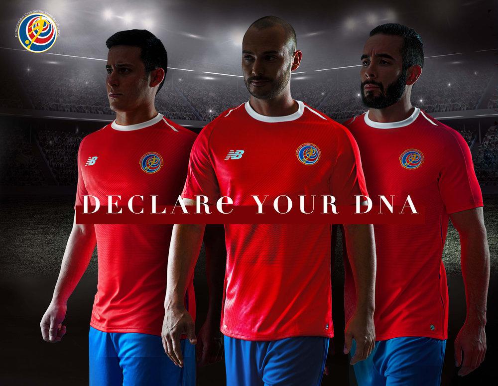 Costa Rica - titular No papel de coadjuvante, a Costa Rica foi outra que investiu no simples para a Copa da Rússia. Vermelho com detalhes em branco na gola e ombros e grafismos em vermelho mais forte na parte frontal.