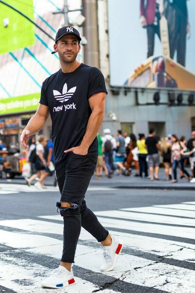 mens-t-shirt-jeans-ripped-trainers-hat-cap-new-york.jpg