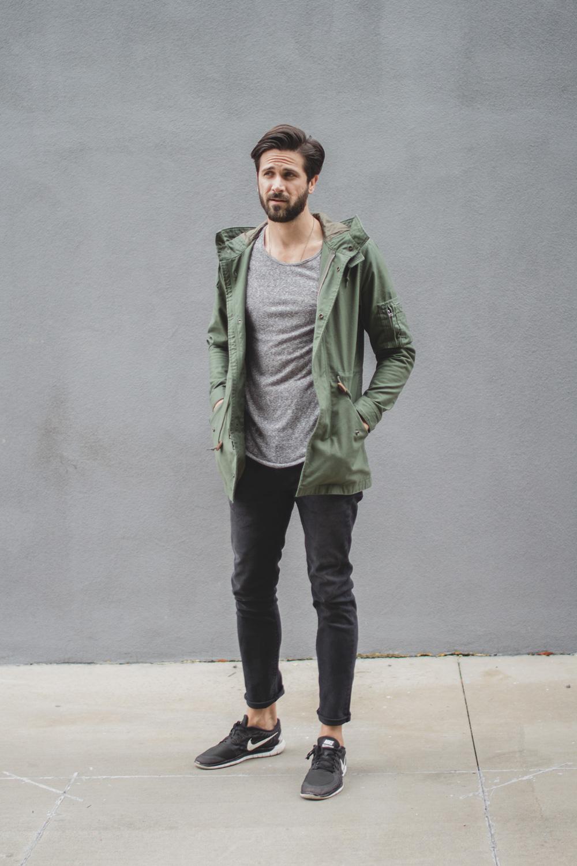 gray-jeans_nike_full.jpg