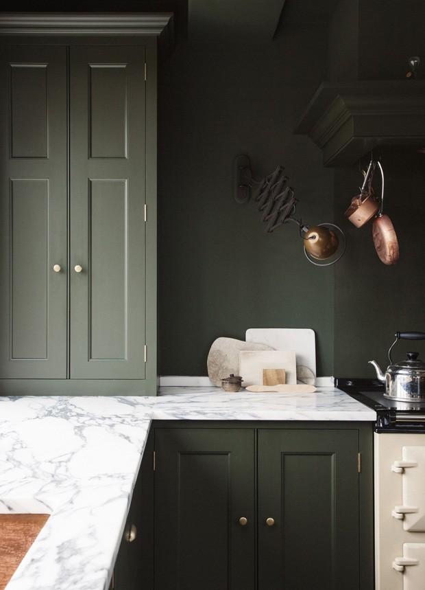 cozinha-decoracao-casa-verde-militar-001.jpg