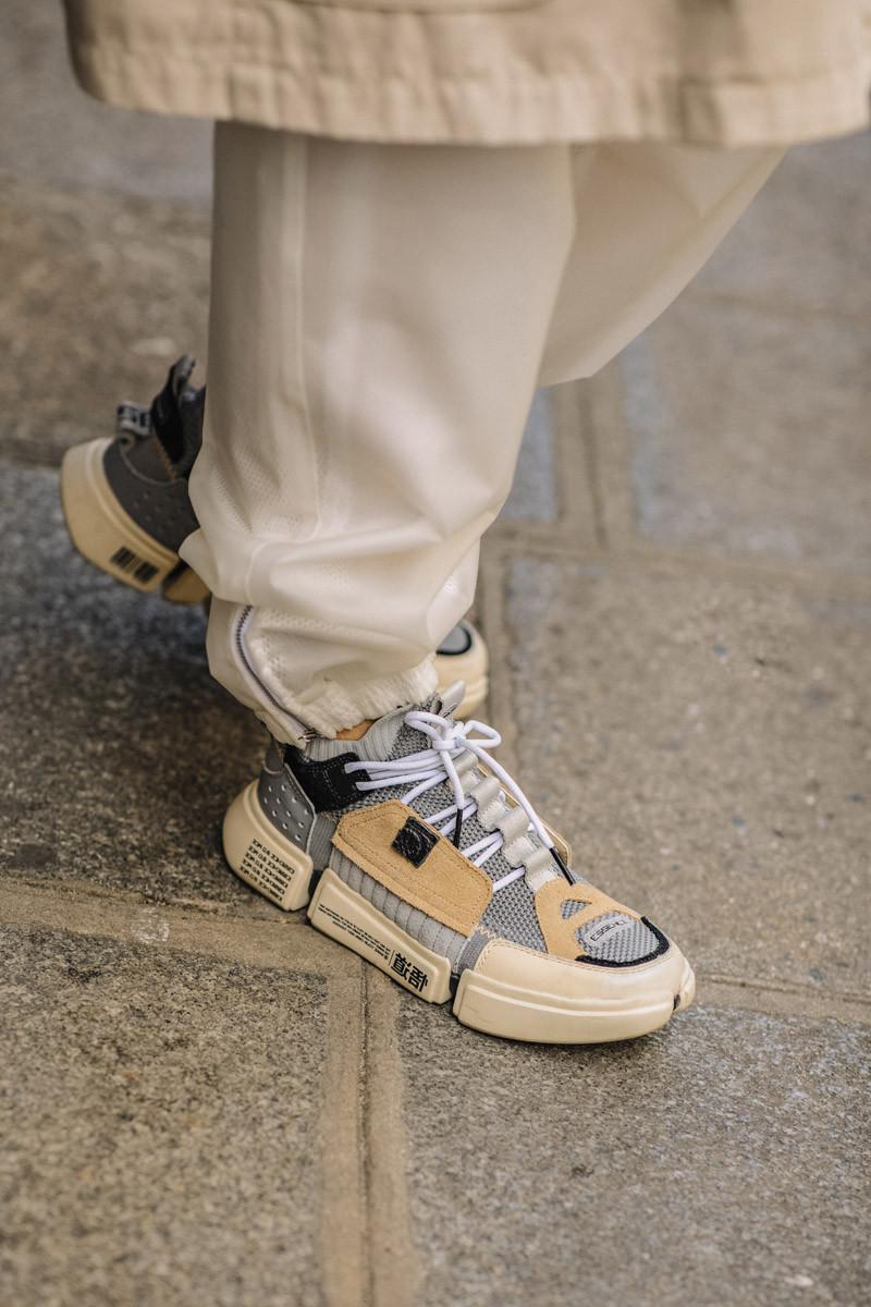 paris-fashion-week-ss19-sneakers-06-800x1200.jpg