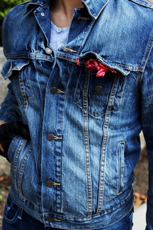 Modelos slim e skinny funcionam quase como uma camisa, dando uma boa camada extra em dias de temperatura amena.