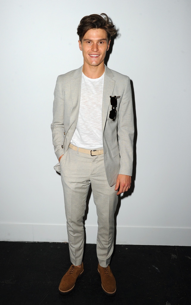 Oliver+Cheshire+Day+3+Front+Row+London+Collections+gqCTrOJw7nRx.jpg