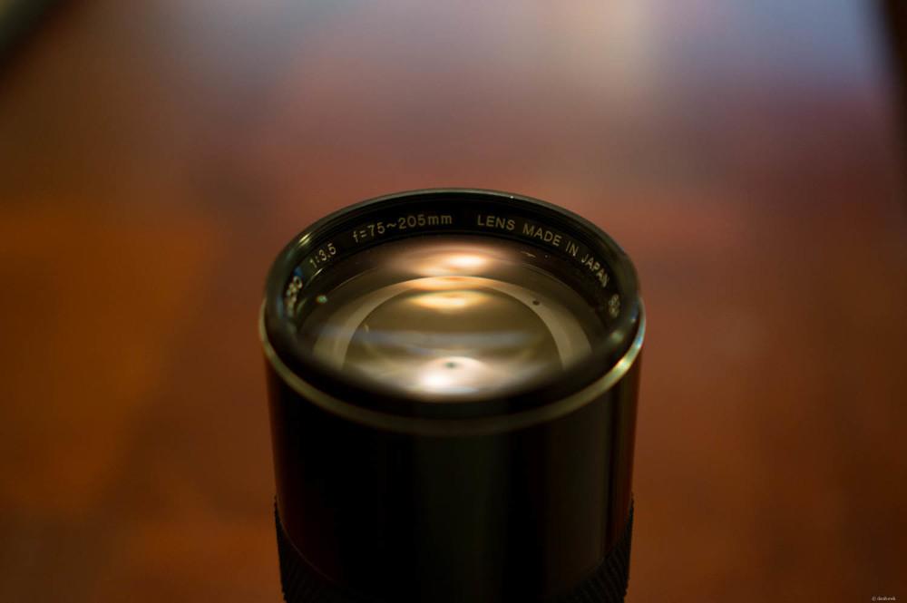 Long Lens | 35mm, f/1.8, ISO 800, 1/60