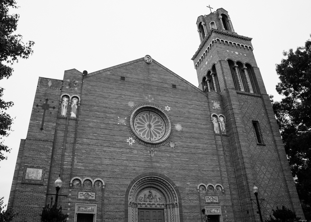 Big Brick Church | 365 Project | September 3rd, 2013 | 18mm, f/8, ISO 100, 1/25