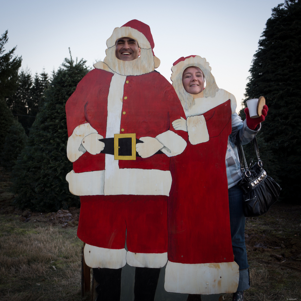 Mom and Dad Claus.jpg