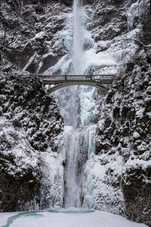 The Gallery For Gt Multnomah Falls Frozen 2009