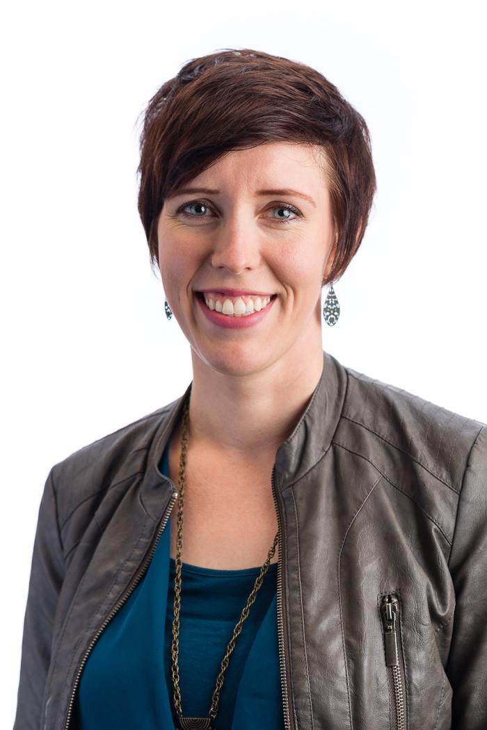 Julie Keanaaina.jpg