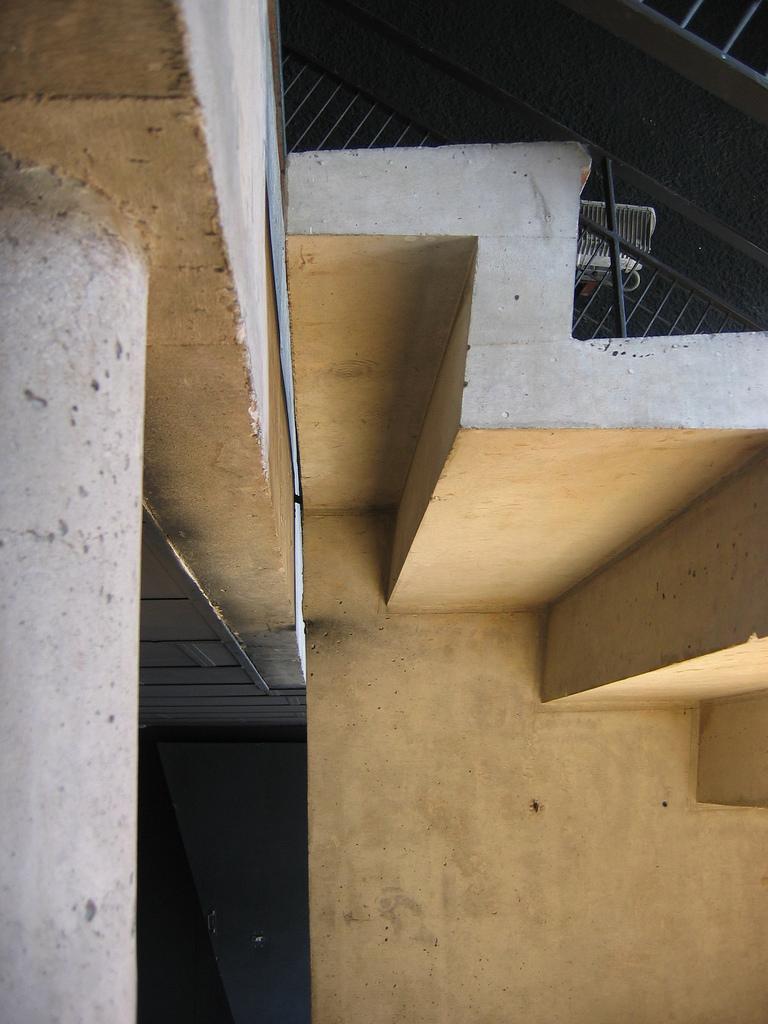Corbusier-Cultuurpaleistrap.jpg
