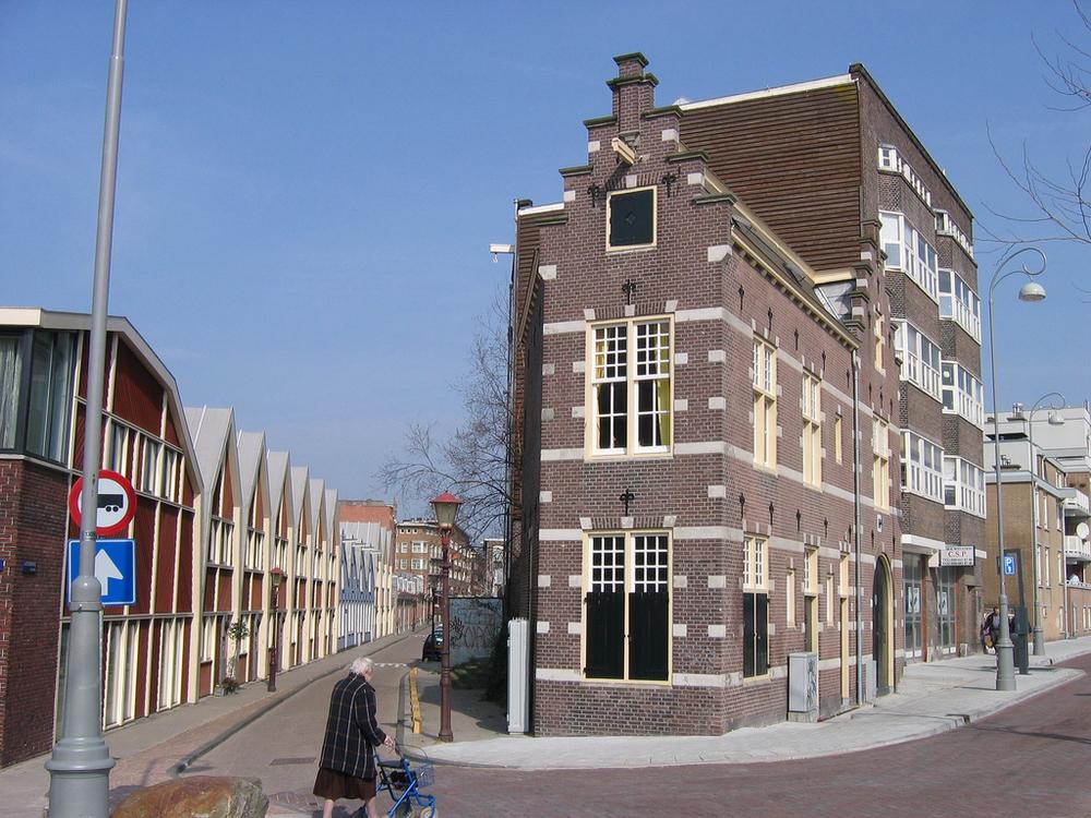 DvdA 2005 vouwblad 06.jpg