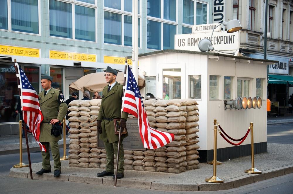 Checkpoint Charlie 4.jpg