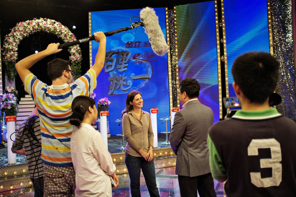 CNN_ERIN_BURNETT_SHANGHAI_07.jpg