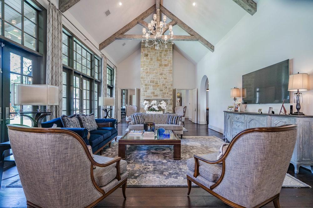 Main Livingroom.jpg