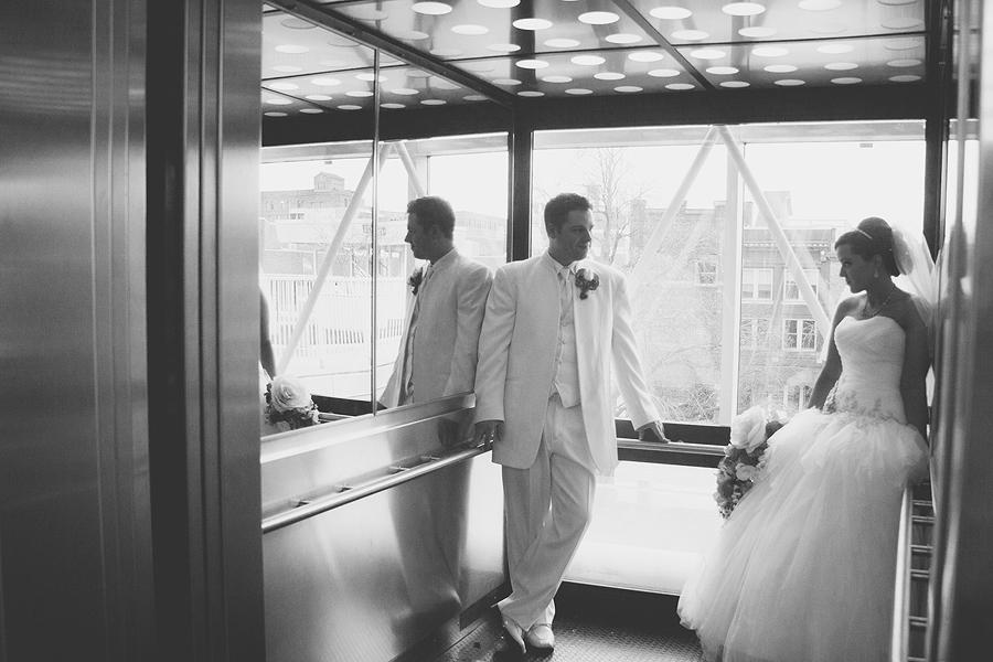 Toledo_Cleveland_Ohio_Wedding_Portrait_Photographer-06.jpg