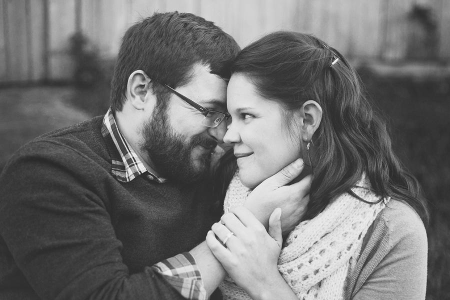 Toledo-Ohio-Photographer-Engagement18.jpg