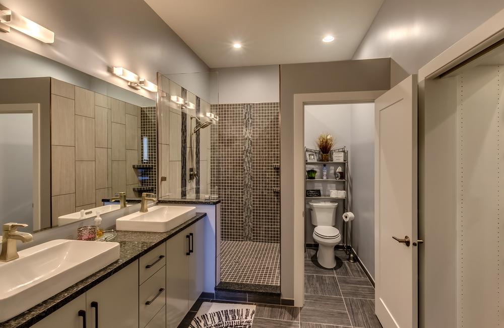 Main Unit Master Bathroom