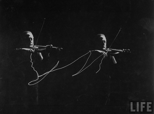 violin lightpainting 2.jpg