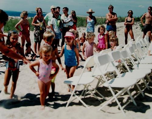 Swimming (1991) 2.jpg