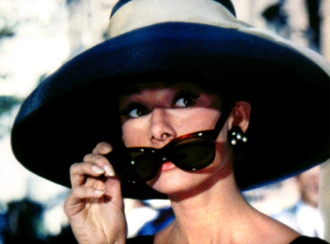 05-audrey-hepburn-breakfast-at-tiffanys-sunglasses.jpg