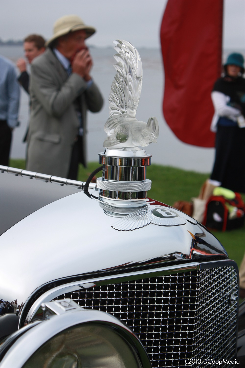 37 Bentley Speed Six HJ Mulliner Saloon.jpg