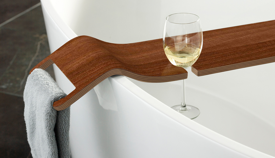 Bathing with wine victoria albert39s tombolo bath caddy for Bathroom caddies accessories
