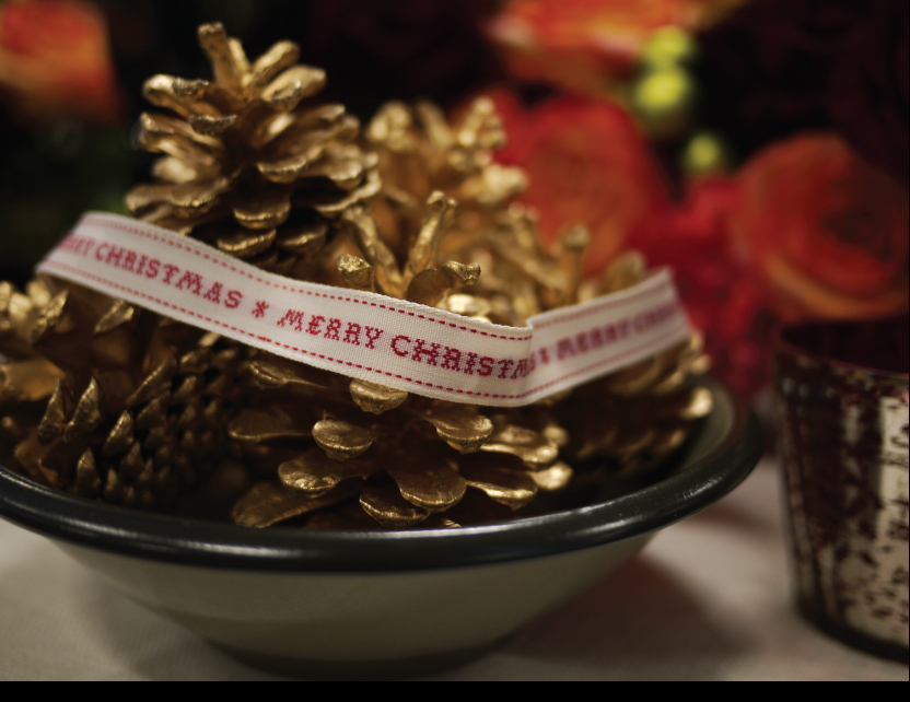 merry-christmas-ribbon.jpg