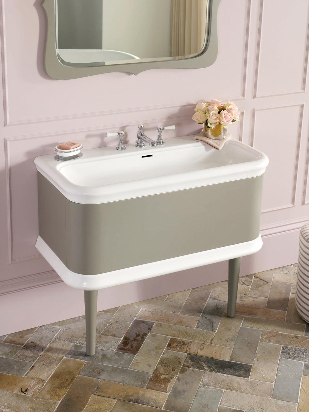 Lario Vanity, designed by Meneghello Paolelli Associati for V+A Baths | Photo courtesy V+A Baths