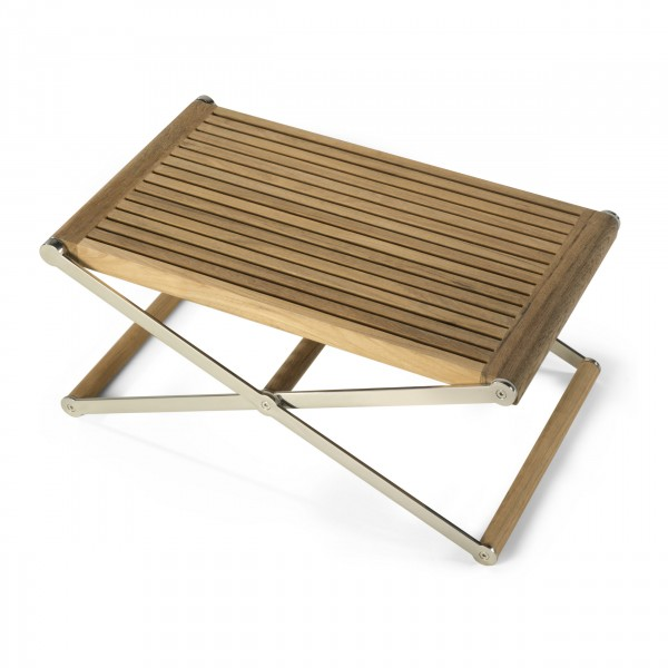 Low Drinks Table from Link Outdoor | Photo courtesy Link Outdoor