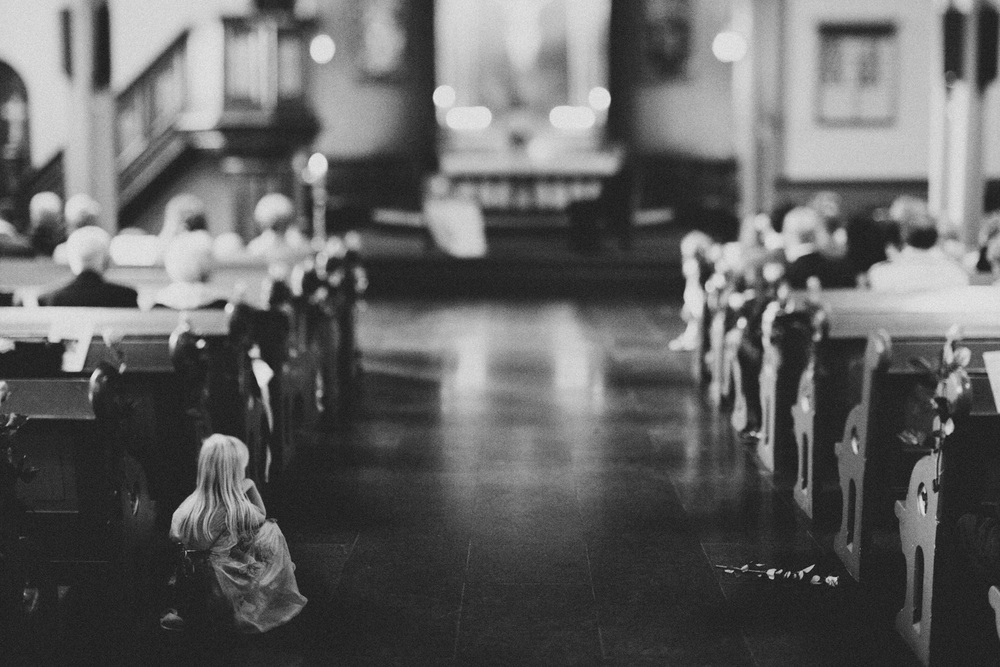 bryllupsfotograf-oslo-destination wedding photographer-morgan sikkerboel-stereosaint-leica-monochrom-street photography-9-2.jpg