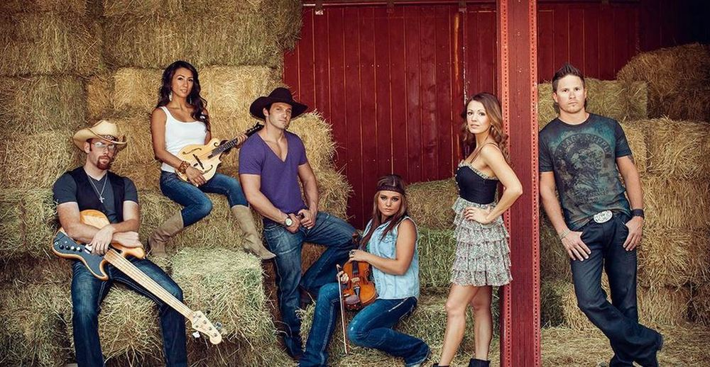 Hire A Country Band Here For Wedding Events Company