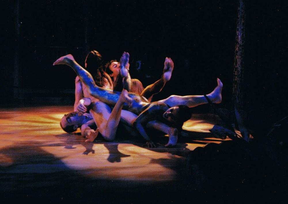 PILOBOLUS DANCE THEATRE