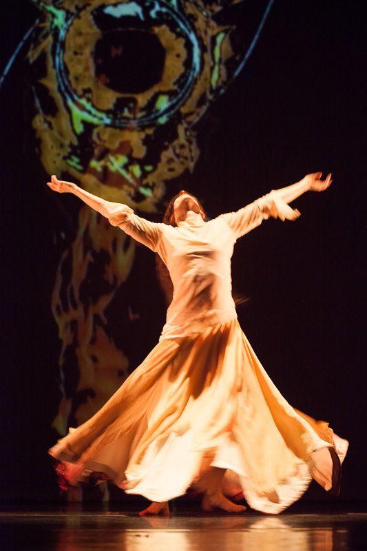 ANIKAYA DANCE THEATER