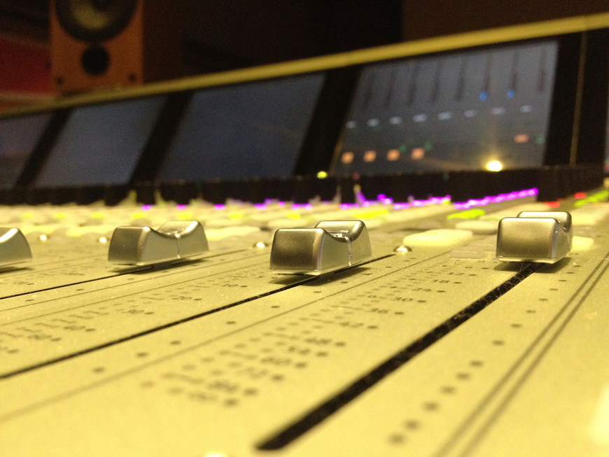 Click this photo for examples of my audio engineering work.