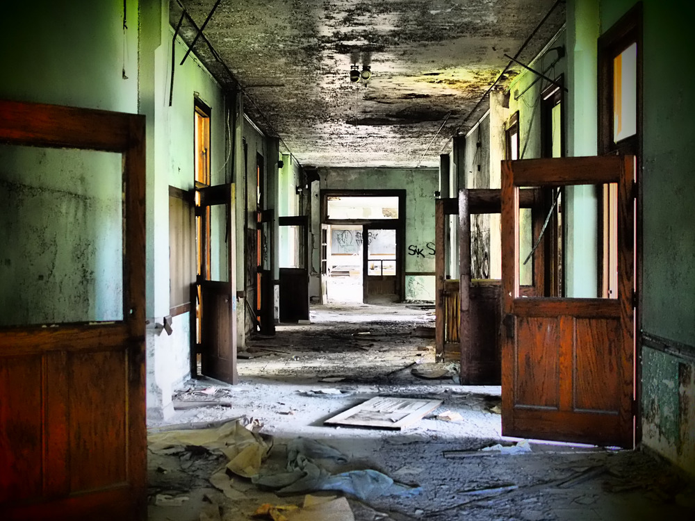 There will be no class today........ The school at St. Agnes is a haunting place to walk through, even during the day.