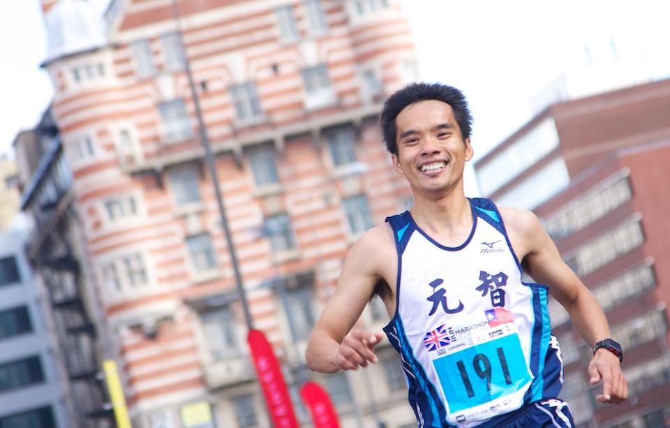 2012 RunLiverpool Marathon 284.jpg