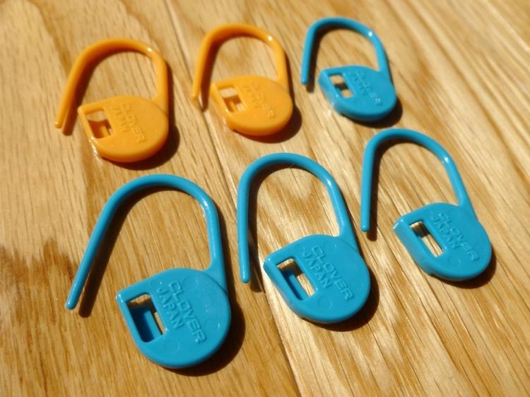 Clover Locking Stitch Markers Clover-locking-stitch-markers
