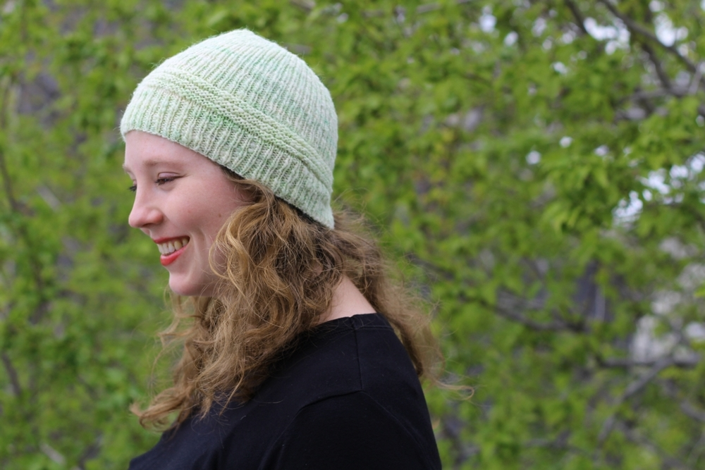 Fructose is the first hat I've knit from handspun and it won't be the last. #handspunchallenge FO: Fructose Hat | withwool.com