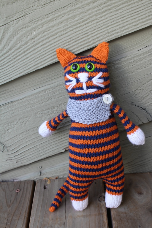 Say hello to Aubie the Captivating Tiger! | withwool.com