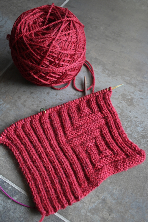 Time to knit a scarf for the 2017 Red Scarf Project! | withwool.com