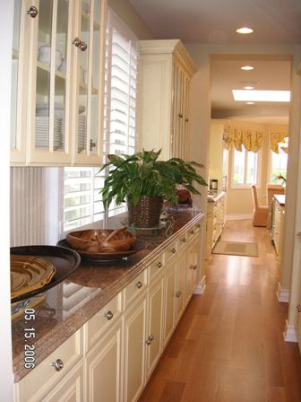 Custom Cabinets | Southern California | Country
