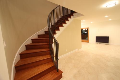 Upstairs Hallway_.png