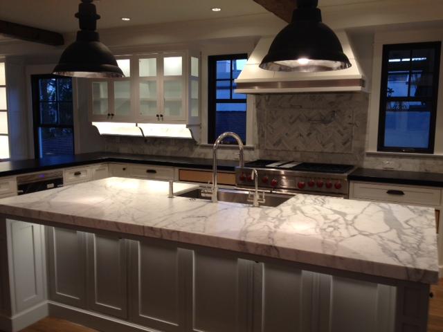 521 kitchen.jpeg