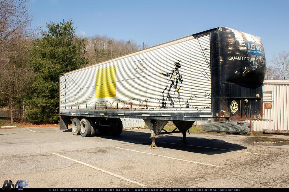 Junk Recyclers_AMP_040113_050.jpg