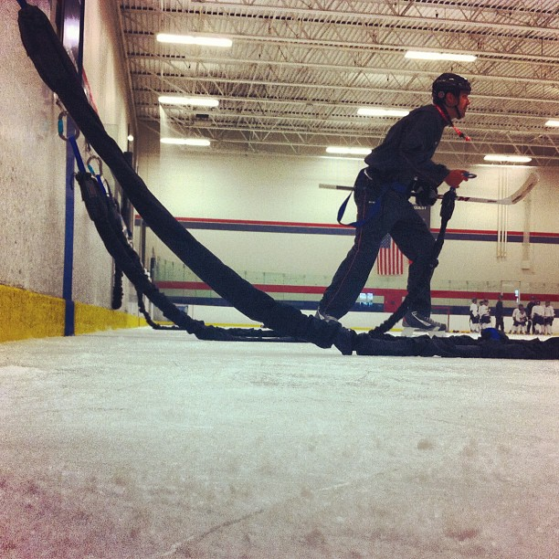 Bungee training w/@bungeeathletics at #ccmskillscamp #lowdownground (Taken with Instagram at Schwan Super Rink - National Sports Center)
