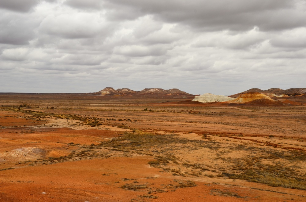 The Breakaways, a sacred site of the Antakirinja Matuntjara Yankunytjatjara People. The Inland Ocean!